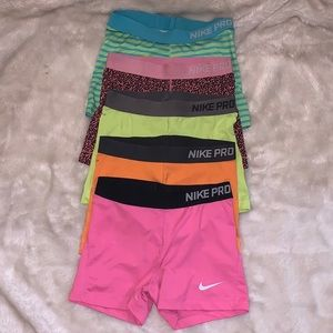 All Nike spandex for my gym gals!